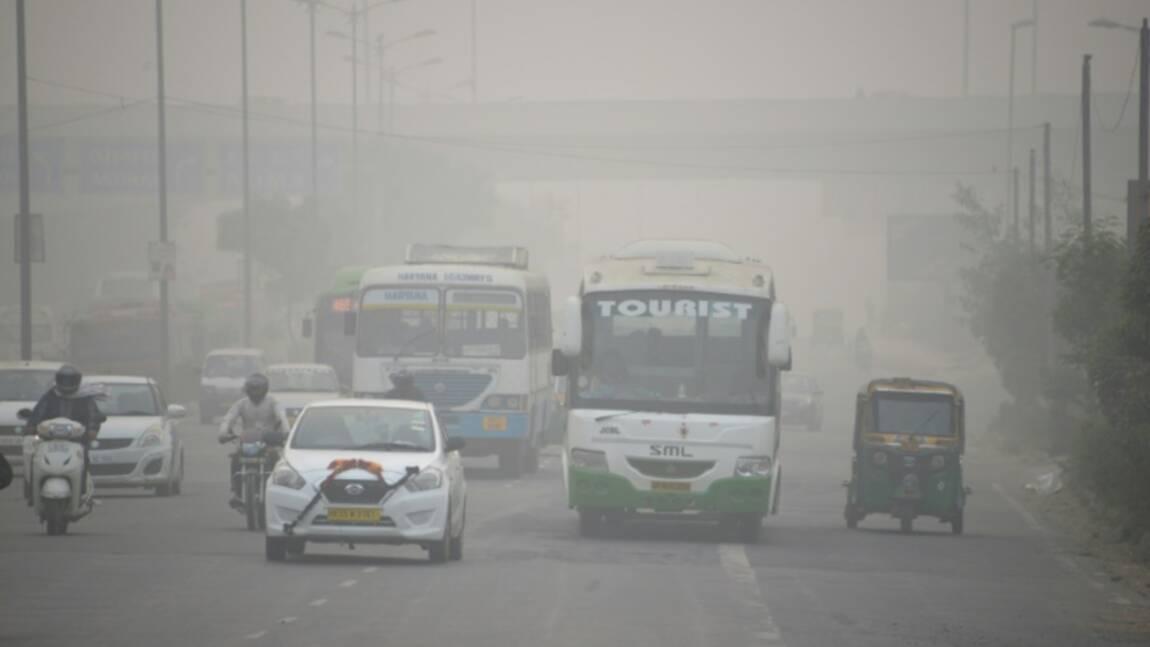 Inde: New Delhi continue de tousser dans la pollution