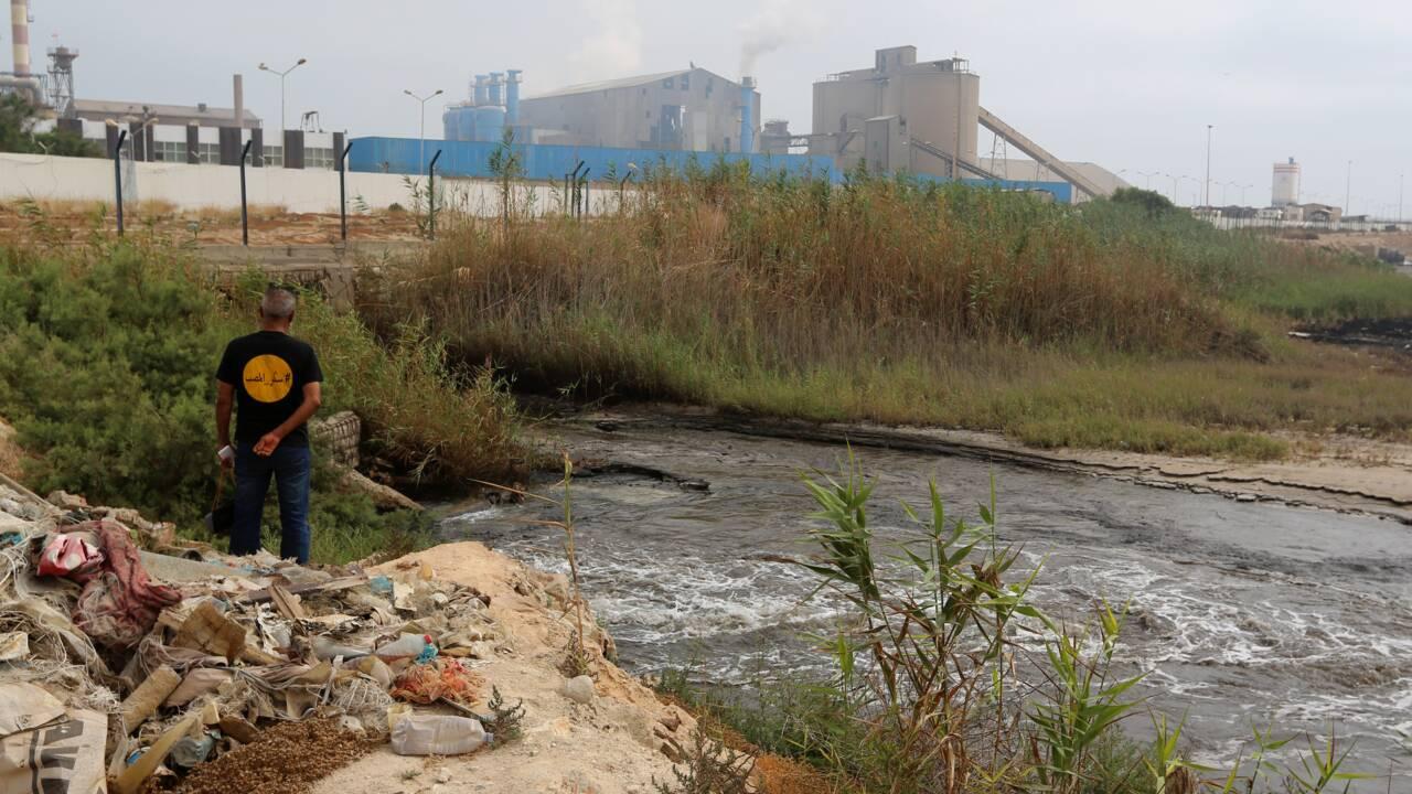 Tunisie: manifestation contre la pollution dans une cité industrielle du sud