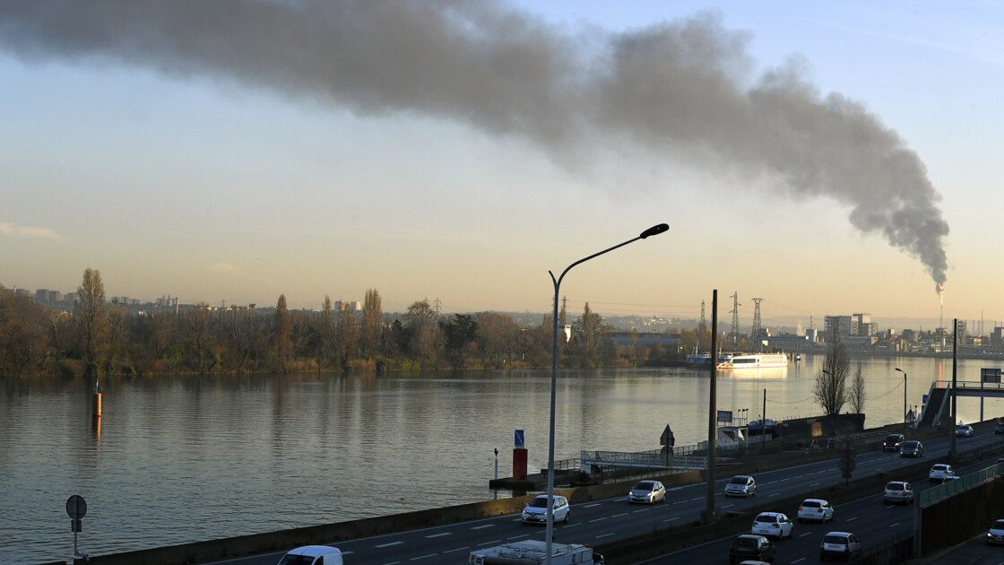 Pollution: Lyon expérimente à son tour la circulation alternée
