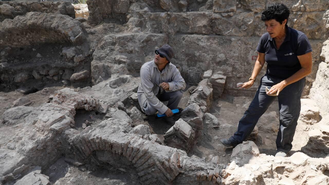 Israël: des archéologues dévoilent une fabrique de poterie antique