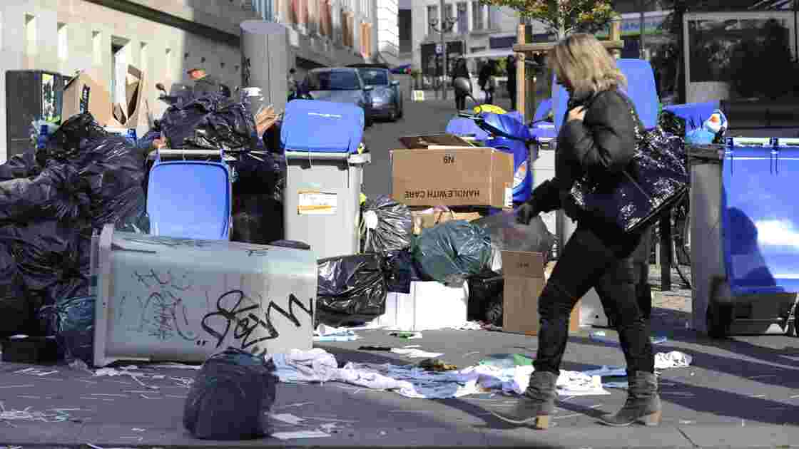 Nantes: les sites de collecte des déchets bloqués par les éboueurs