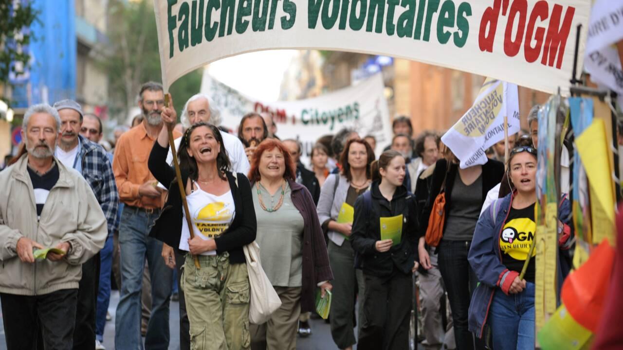 """Dijon: le procès de 38 """"faucheurs volontaires"""" renvoyé en raison de la grève des avocats"""