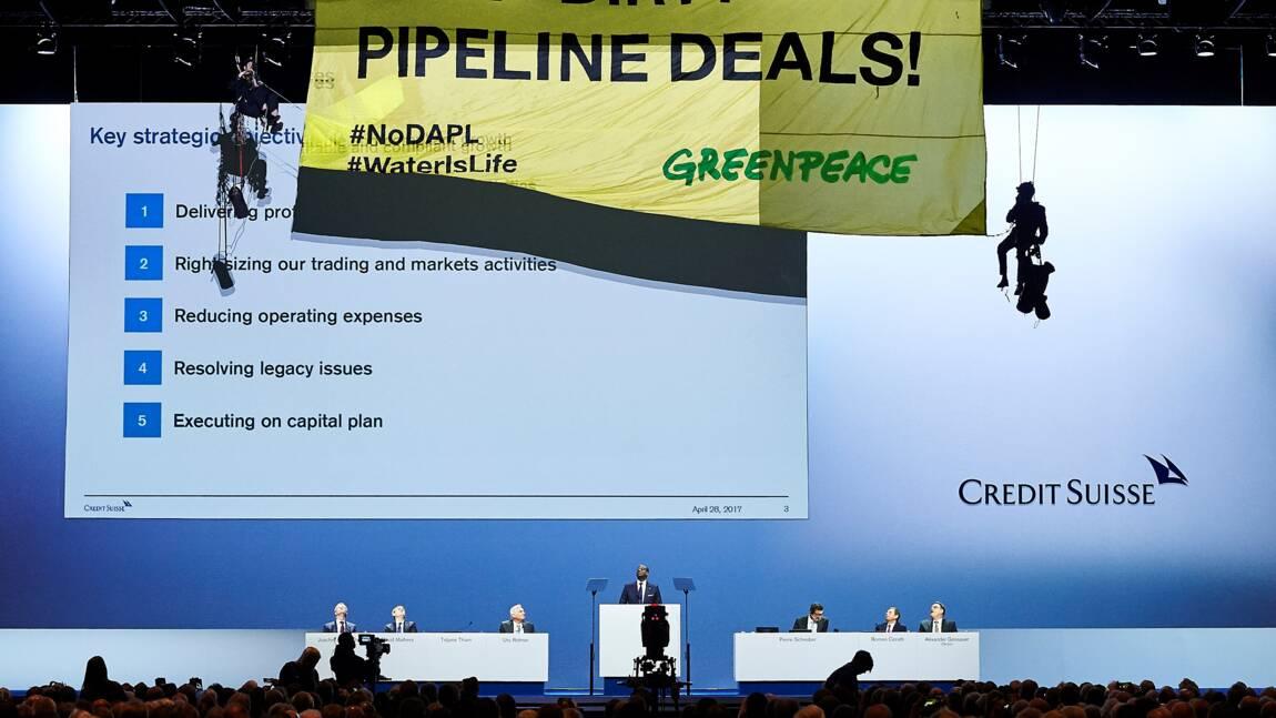 Oléoduc Dakota: Greenpeace s'invite à l'assemblée générale de Credit Suisse