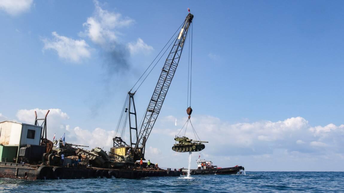 VIDÉO - Des chars immergés dans la mer au Liban, pour le plaisir des plongeurs