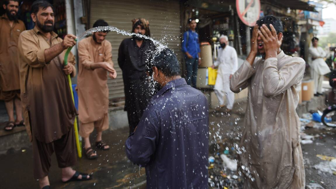 Pakistan: Karachi frappée par la canicule en plein ramadan