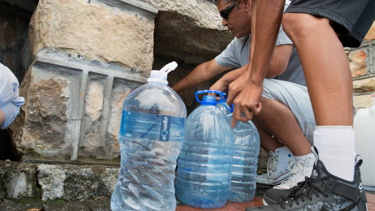 """Crise de l'eau au Cap: le très redouté """"Jour zéro"""" reculé d'un mois"""