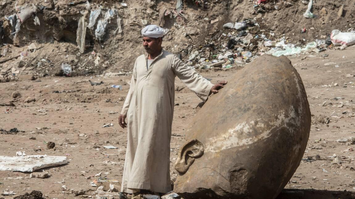 Egypte: deux statues pharaoniques découvertes près du Caire