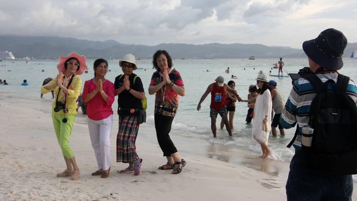 """Philippines: Boracay, l'île """"fosse septique"""", va être interdite aux touristes"""