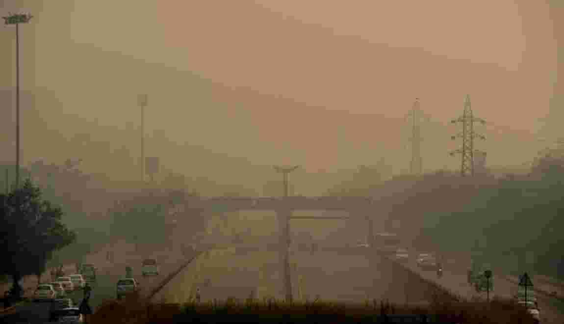 New Delhi étouffe dans un brouillard toxique après Diwali