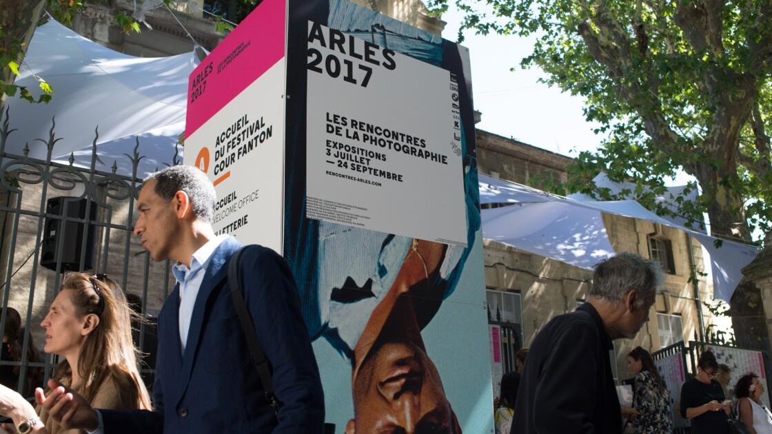 """Arles: une enquête photographique dénonce les """"ravages"""" de Monsanto"""