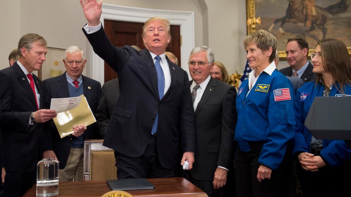 Donald Trump veut renvoyer des Américains sur la Lune
