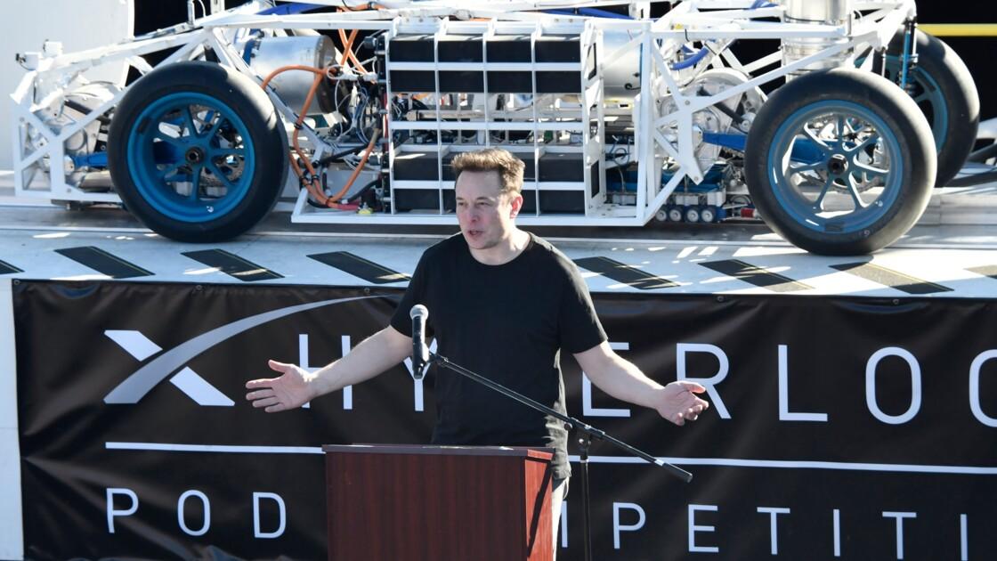 SpaceX: Elon Musk, les pieds sur terre, la tête dans les étoiles