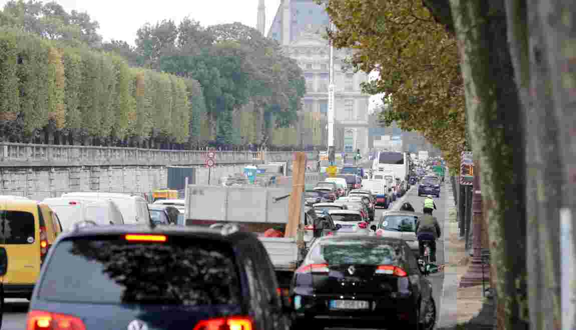 A Paris, la circulation automobile a baissé, selon la mairie