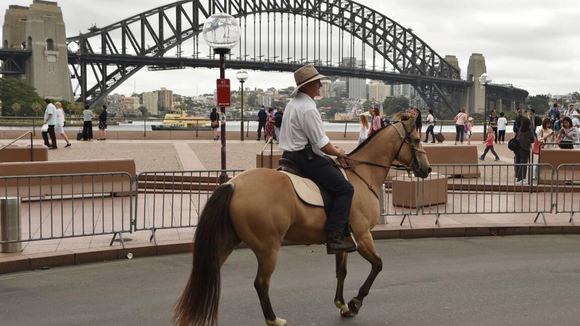 Australie: à pied et à cheval, ils manifestent pour l'énergie durable