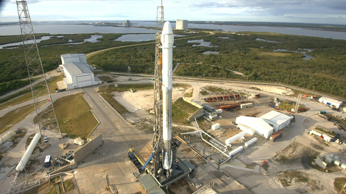 La capsule Dragon de SpaceX arrive à l'ISS