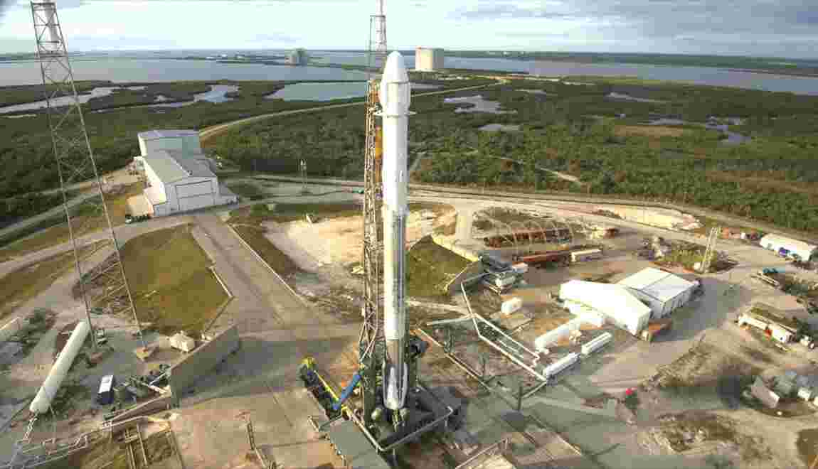 SpaceX lance 10 nouveaux satellites Iridium
