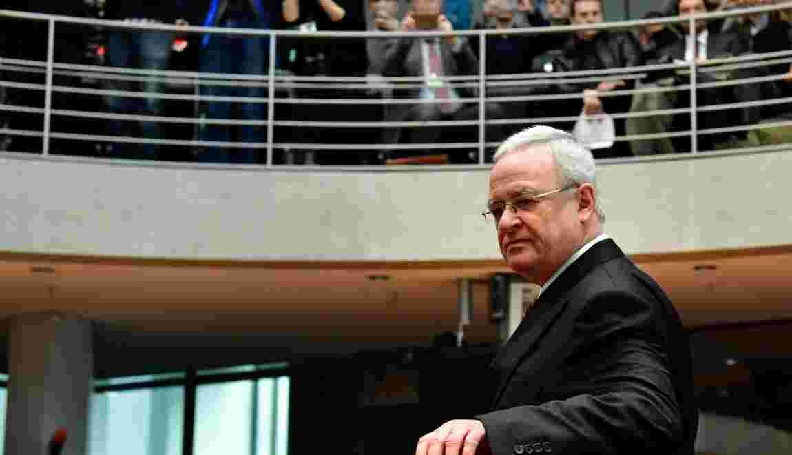 Moteurs truqués: l'ex-patron de Volkswagen dit n'avoir rien su