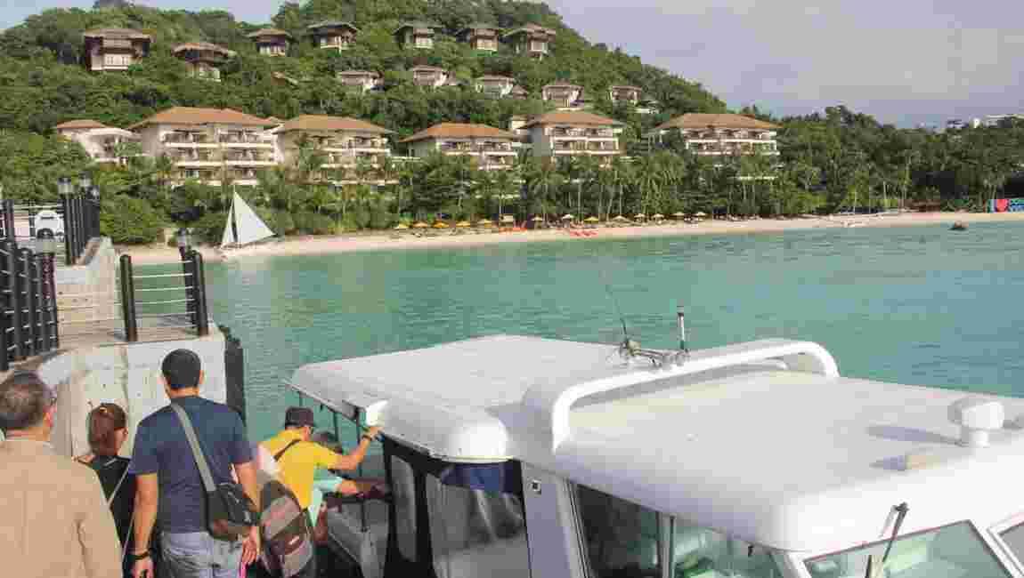 """Philippines: Boracay, l'île """"fosse septique"""", va être interdite six mois aux touristes"""