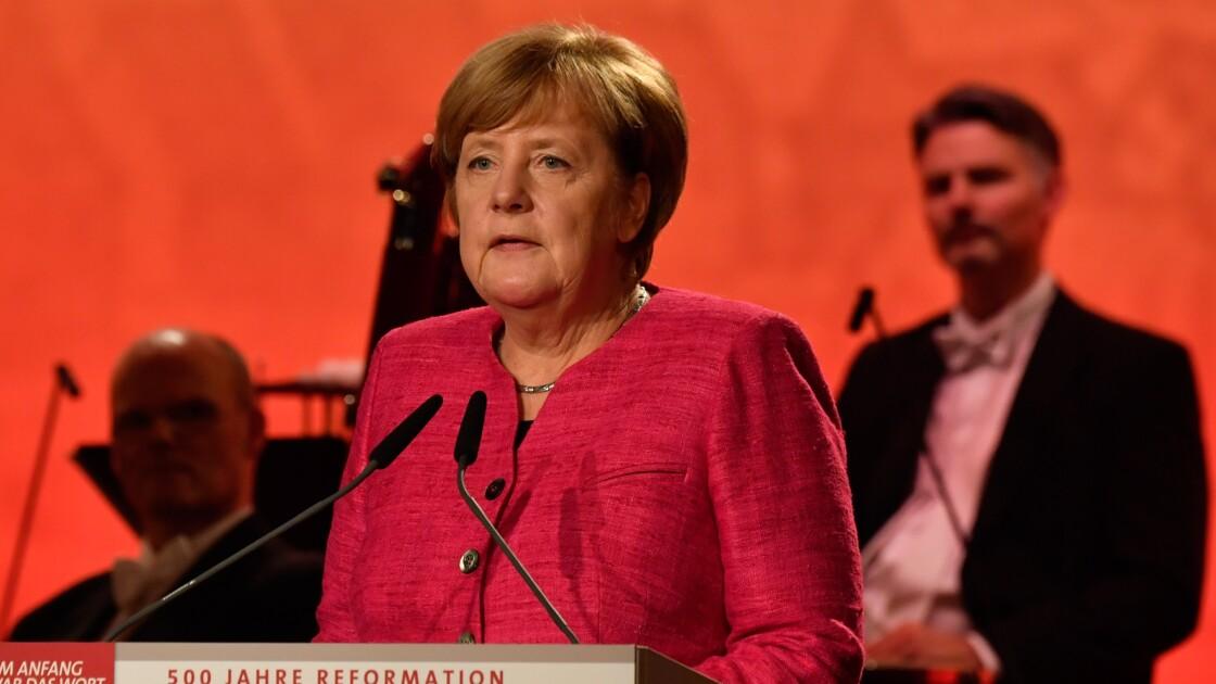 """Merkel, """"chancelière du climat"""" de plus en plus décriée"""