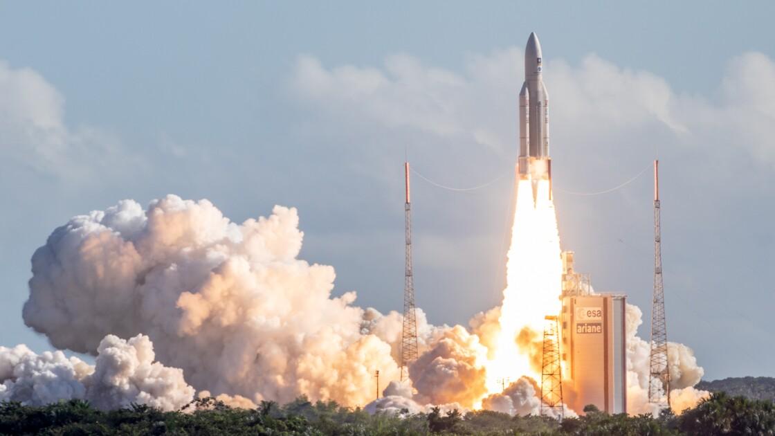 Décollage d'Ariane 5 avec 4 satellites Galileo à bord