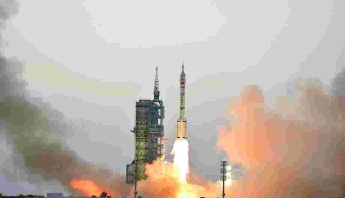 Espace: la Chine achève sa plus longue mission habitée
