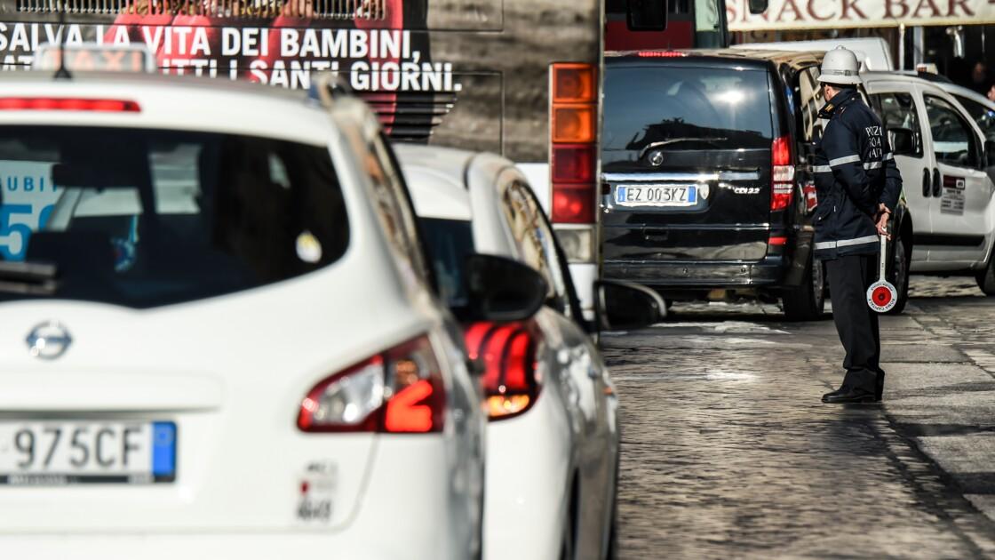 La maire de Rome annonce l'interdiction des diesels à partir de 2024
