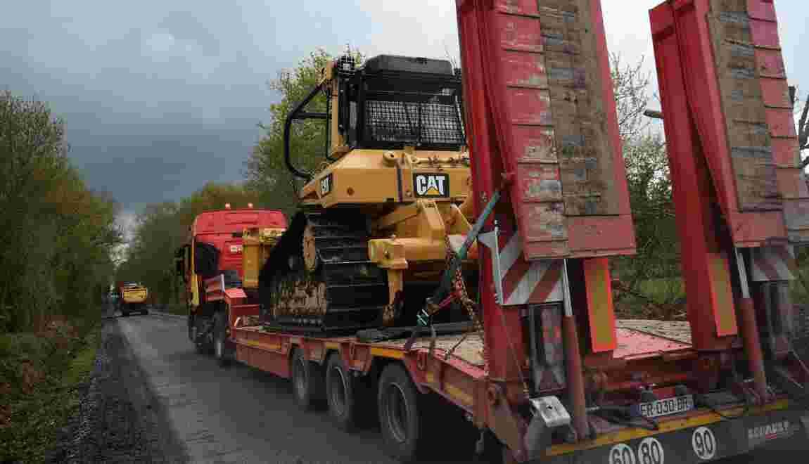 NDDL: début du chantier de réfection des routes de la ZAD