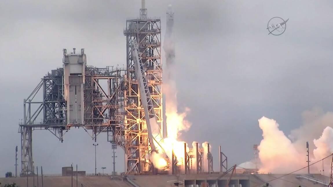 SpaceX se félicite de la réussite du lancement avec une fusée au premier étage recyclé