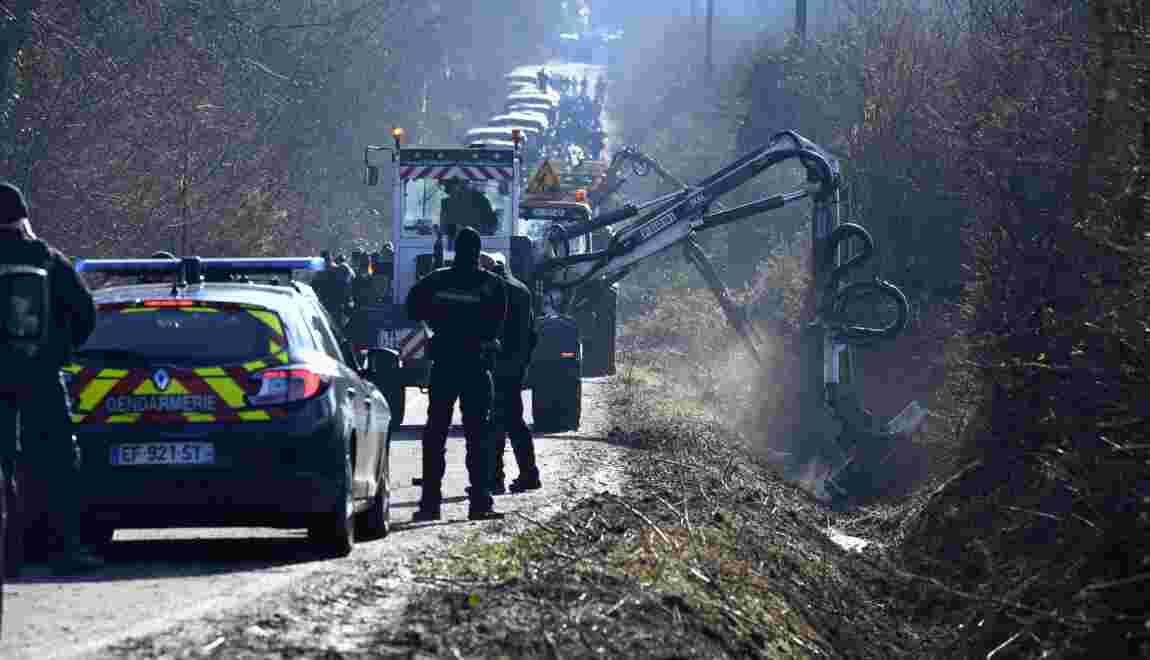 """NDDL: les travaux sur l'ex-""""route des chicanes"""" suspendus après des dégradations"""