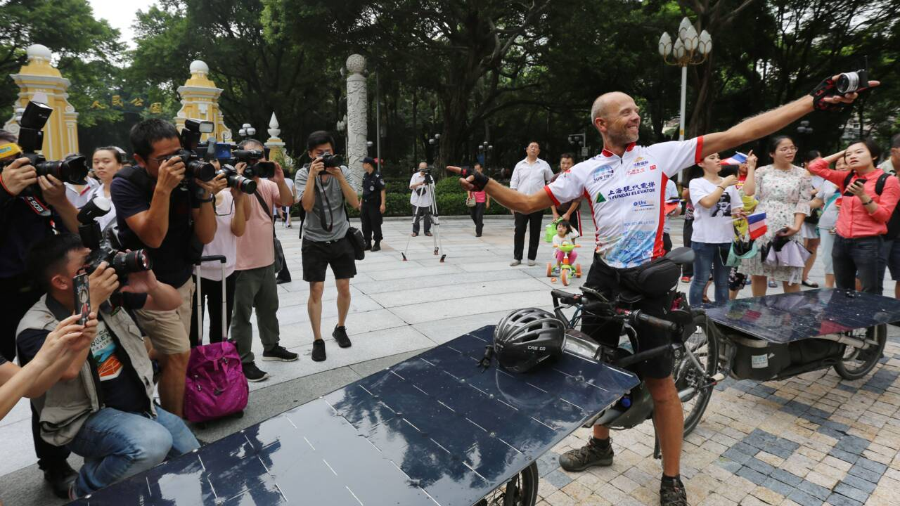 """De Lyon à Canton en vélo solaire: un Belge remporte en Chine la course """"Sun Trip"""""""