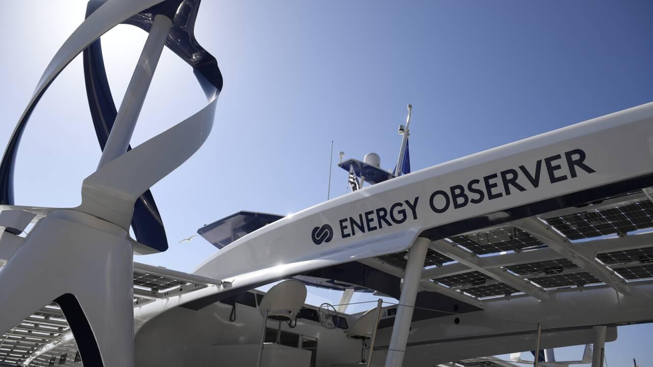 """Après """"Solar Impulse"""" dans les airs, le navire """"Energy Observer"""" en mer"""