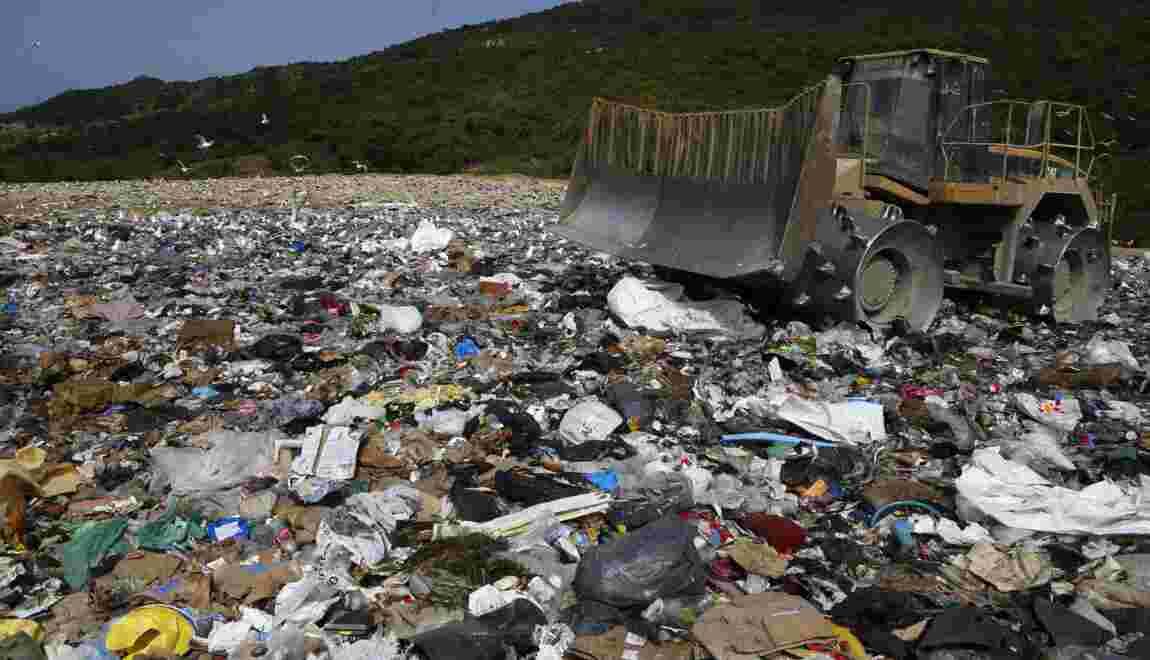 Corse : l'un des deux sites d'enfouissements des déchets partiellement bloqué