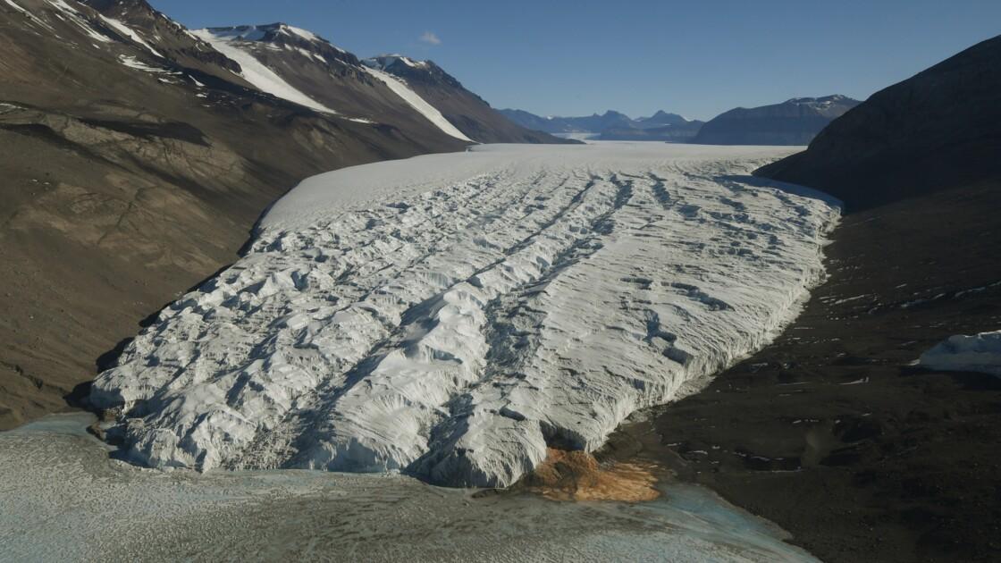 Le réchauffement responsable du recul des glaciers de montagne