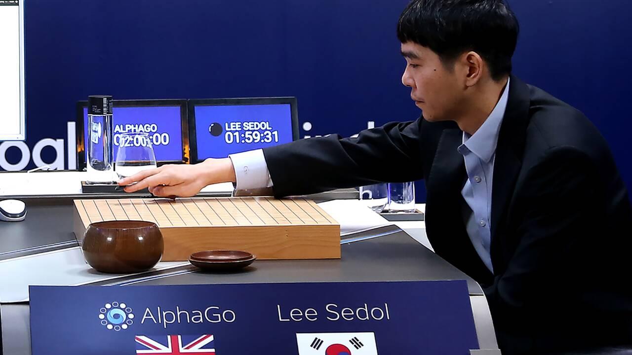 AlphaGo, l'ordinateur prodige au jeu de go, prend sa retraite
