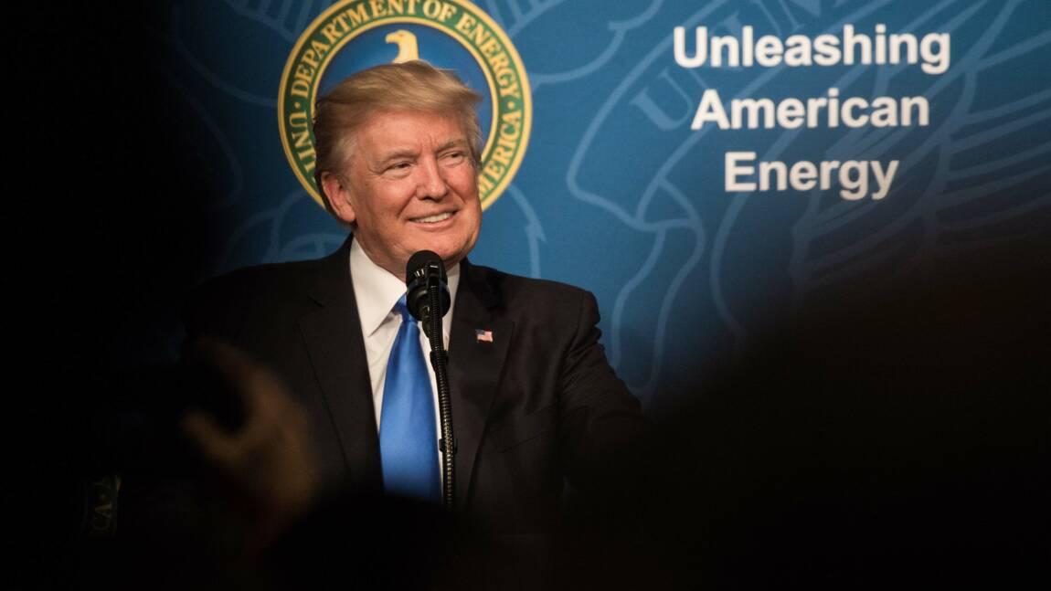 """Trump """"très fier"""" de la sortie de l'accord de Paris sur le climat"""