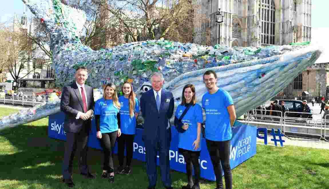 Londres veut interdire les pailles et cotons-tiges en plastique