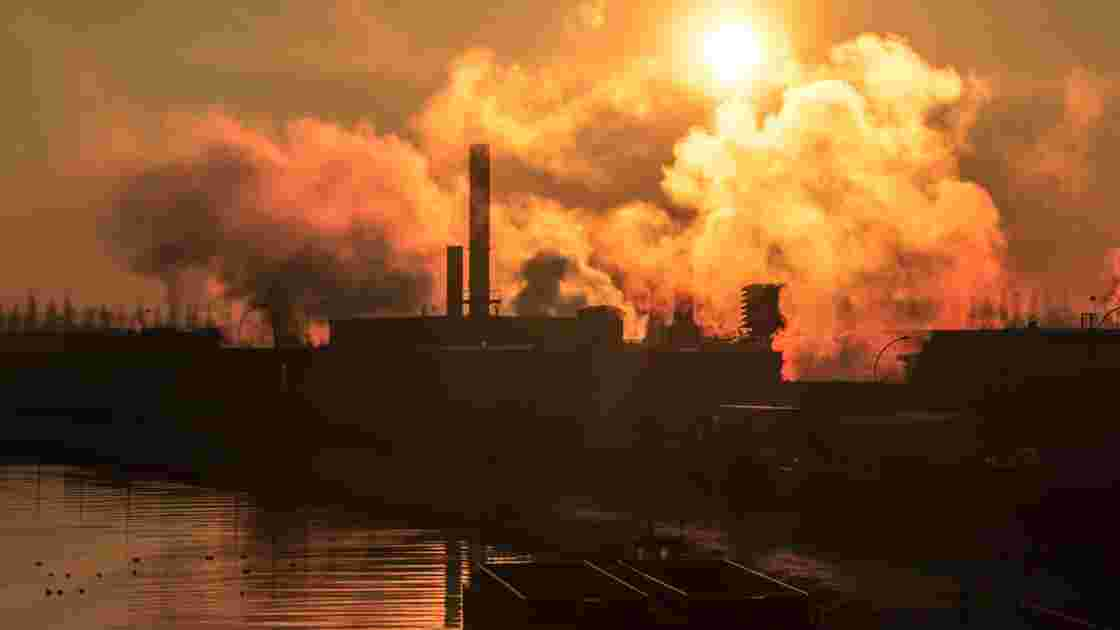"Grégory Zaoui, figure de la fraude à la ""taxe carbone"", s'est rendu à la justice"