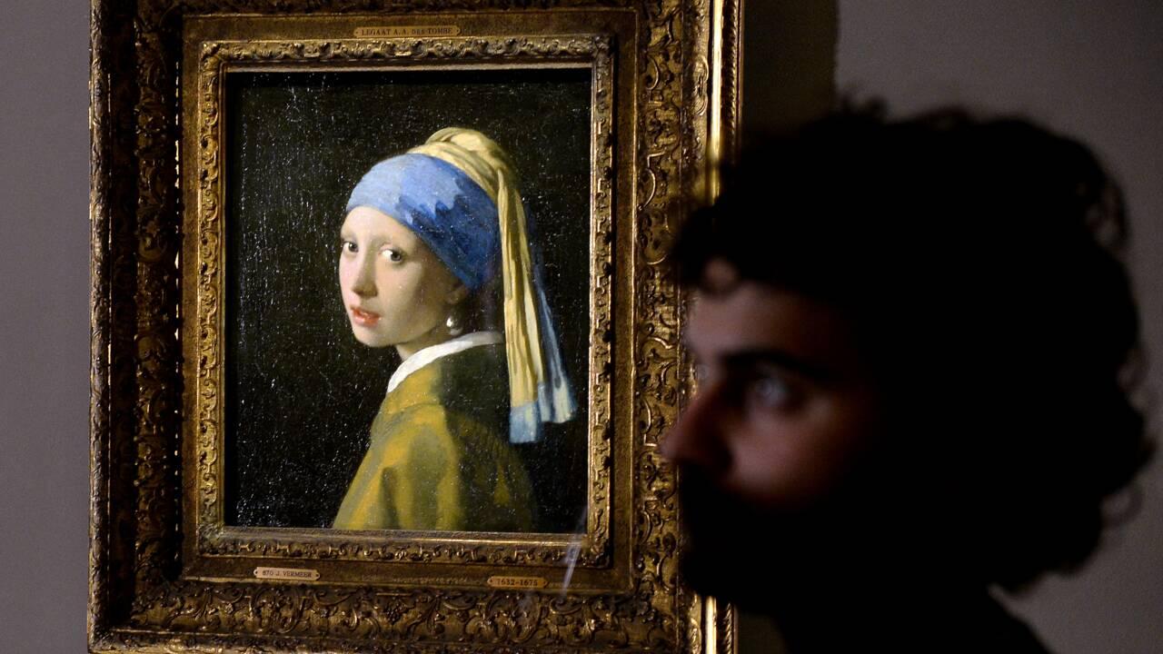 """""""La jeune fille à la perle"""" examinée sous les yeux du public"""