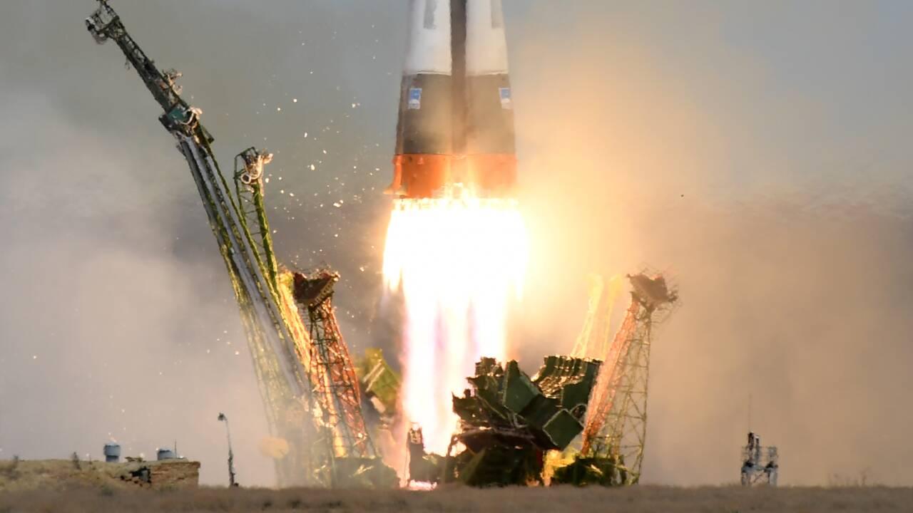 Un cosmonaute russe et un astronaute américain atteignent l'ISS