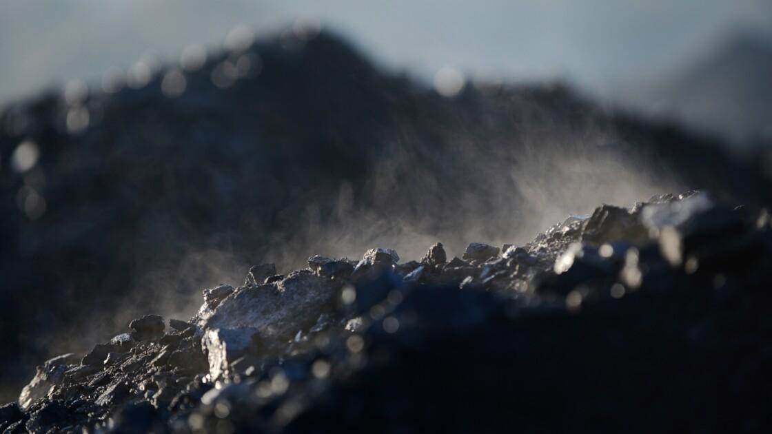 Projet de loi hydrocarbures: les députés interdisent aussi le charbon en commission