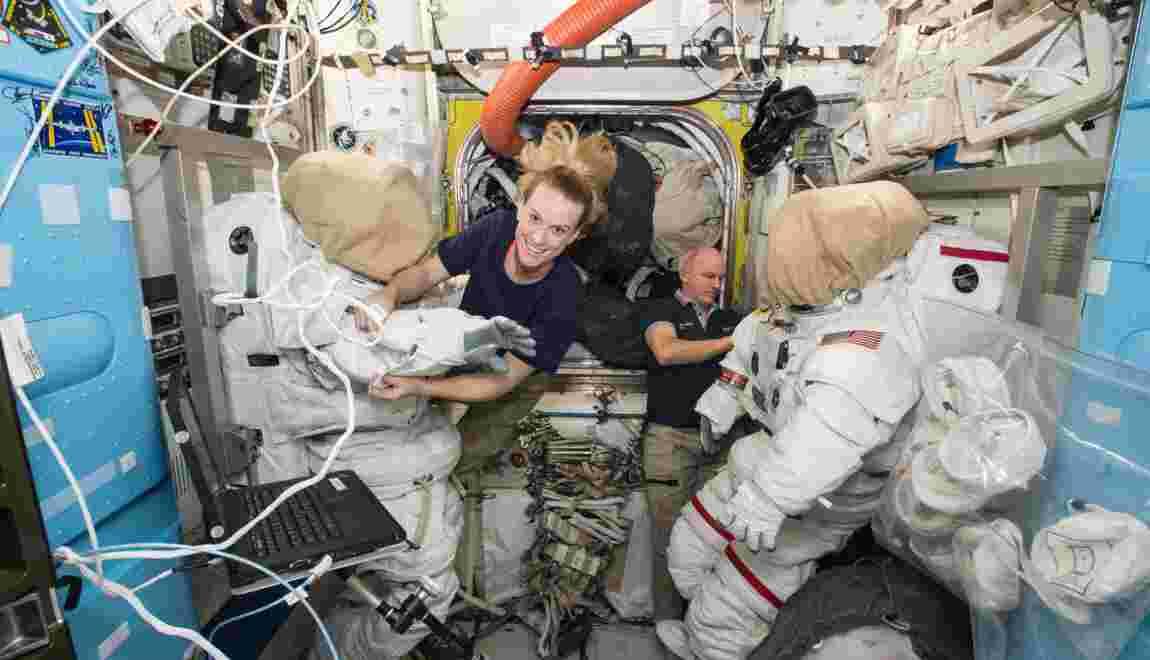 Deux astronautes américains ont installé une place de parking sur l'ISS