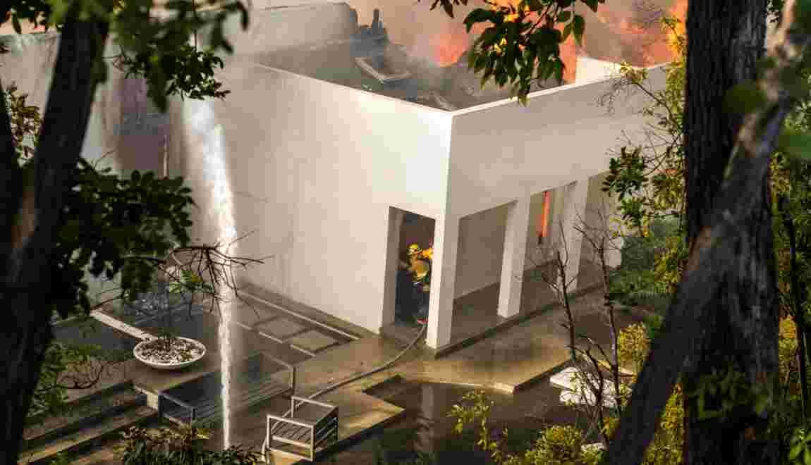 Los Angeles menacé par les flammes, plus de 200.000 évacués