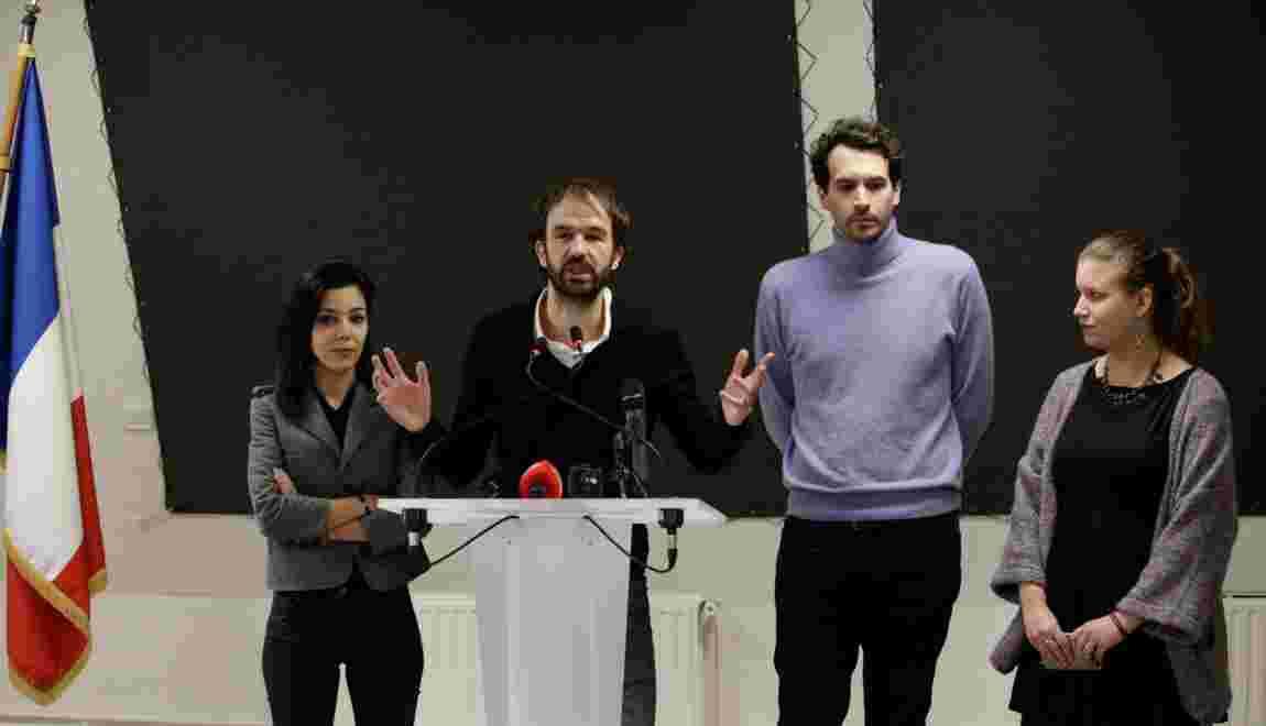 Mélenchon et son hologramme devant 10.000 personnes en meeting le 5 février