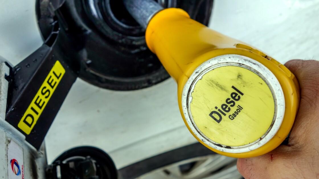 Le diesel tombe de son piédestal chez les acheteurs français