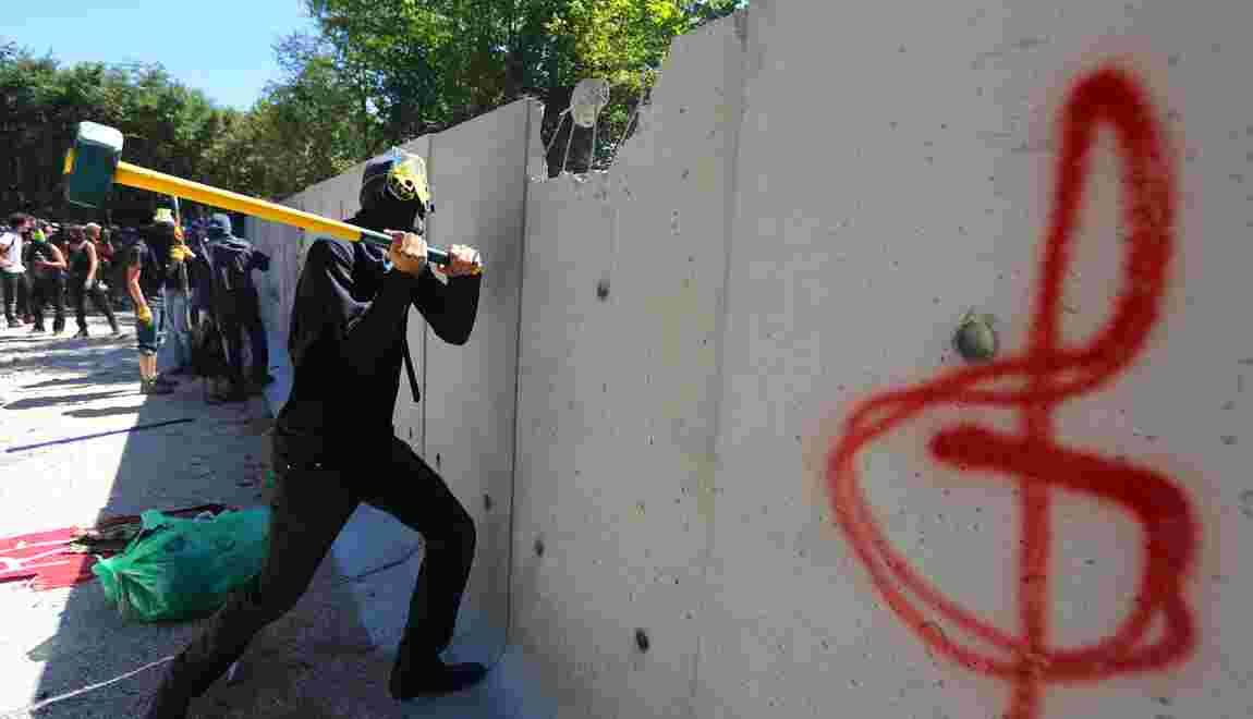 Bure: prison avec sursis contre deux opposants pour avoir détruit un mur