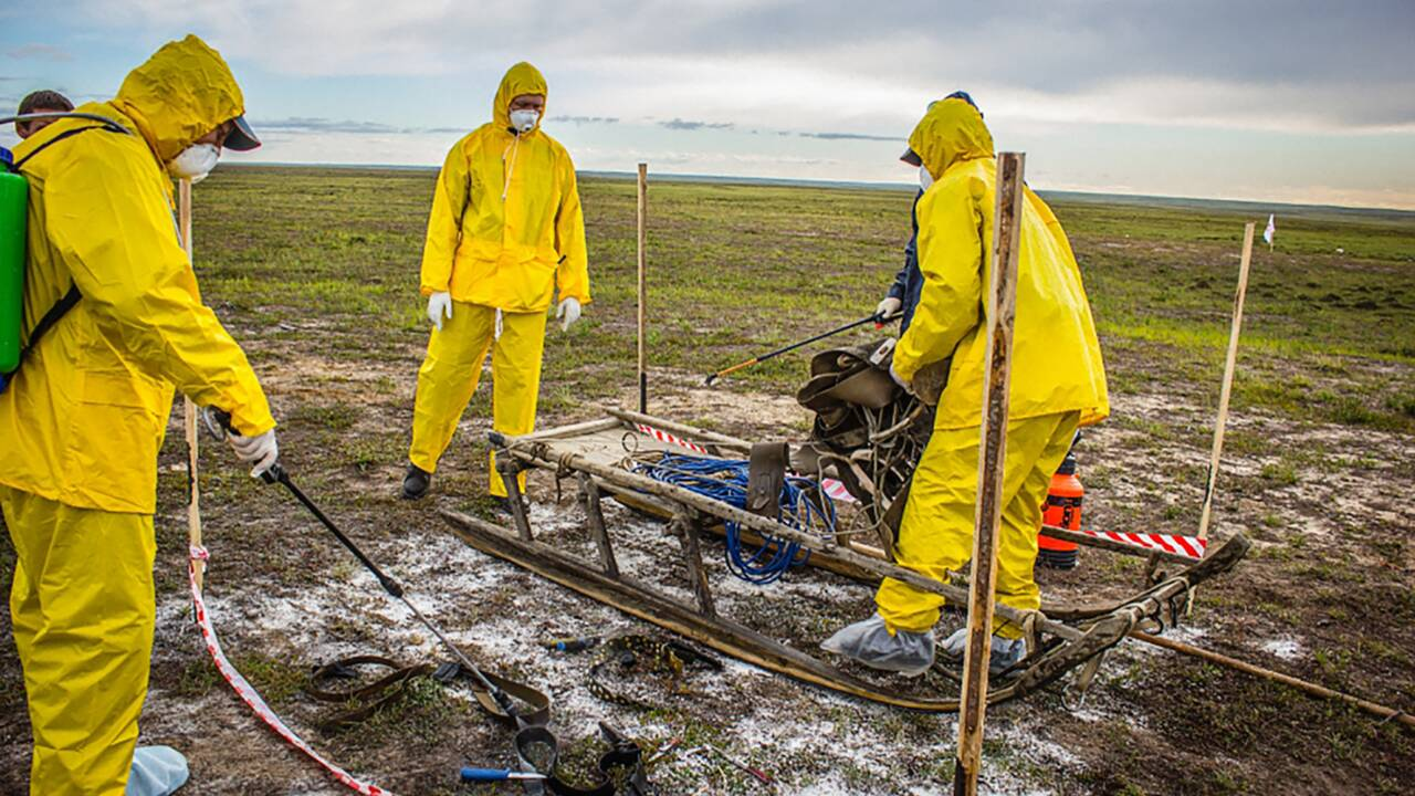 Russie: dans le permafrost, virus et bactéries attendent le dégel