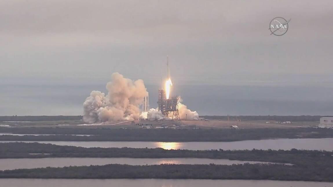 SpaceX lance son premier cargo secret-défense américain