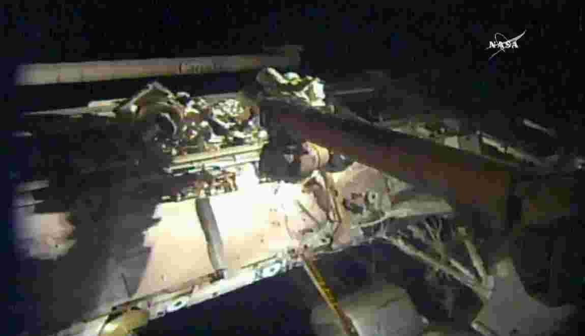 Troisième sortie orbitale à l'ISS en un mois