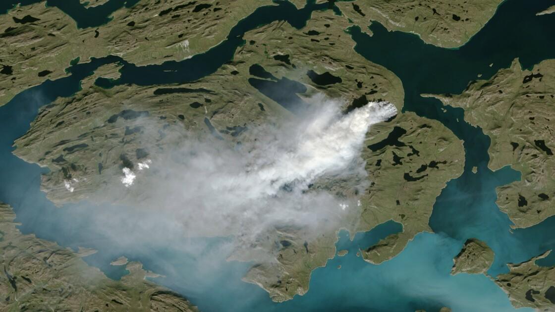 Une partie du Groenland en proie aux flammes