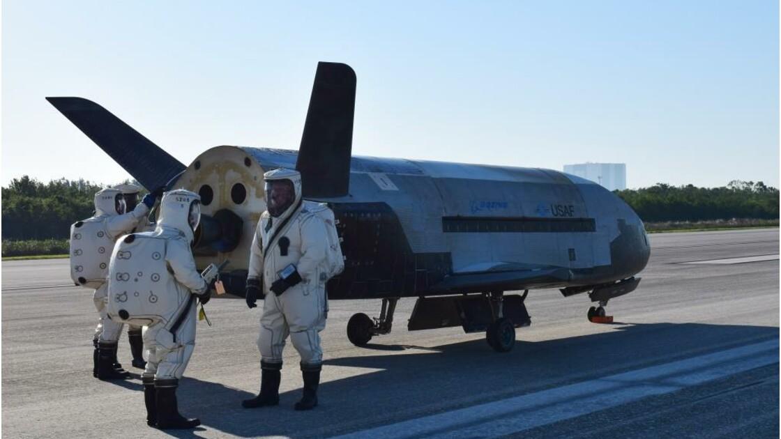 Après deux ans dans l'espace, le drone militaire X-37 reste un mystère